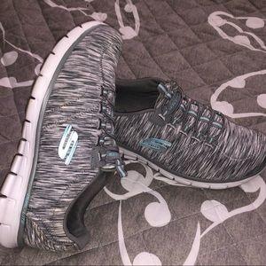 Skechers size 9 sneakers blue gray